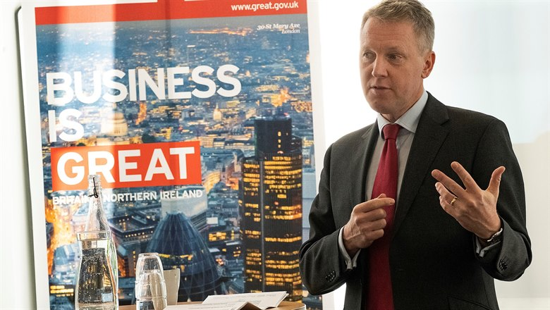 Den brittiska ambassadören David Cairns